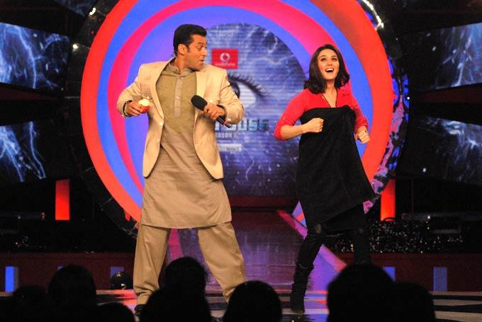 Preity Zinta With Salman Rocked On The Sets Of Bigg Boss 6