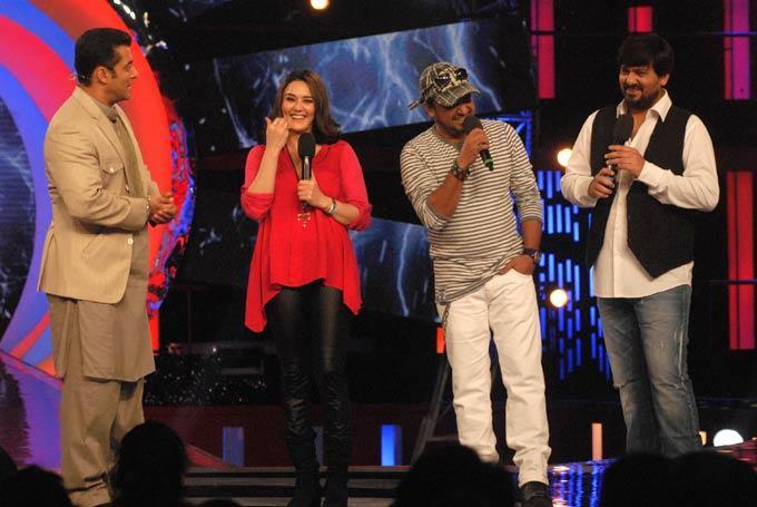 Preity,Salman,Sajid And Wajid On The Sets Of Bigg Boss 6