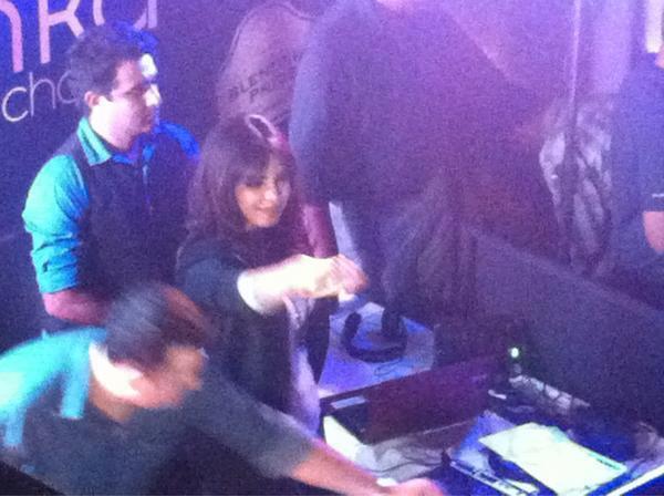 Priyanka Chopra Turns DJ In Bangalore