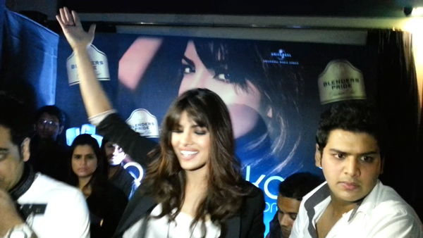 Priyanka Rocking At The Promotional Event Of Her Debut Album In My City