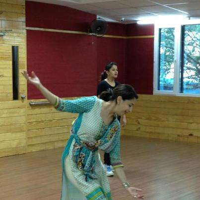 Madhuri Dancing Still Pose At The Rehearsing Time
