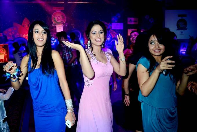 Hina Khan Dancing Still At The Saas Bahu Aur Saazish Success Bash