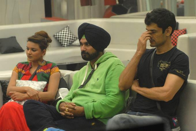 Karishma With Navjot And Niketan In Bigg Boss House