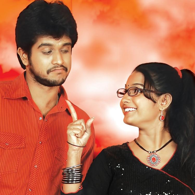 Venkatesh And Akshara Cool Pic In Osey Osey Vadlesi Vellipoke Movie Wallpaper