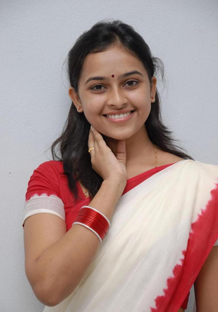 Sri Divya Attractive Look Still