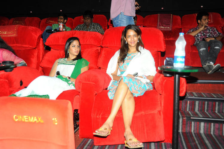 Lakshmi Prasanna Attend The Premiere Show Of Denikaina Ready
