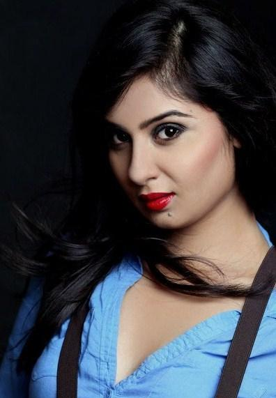 Bhanu Sri Mehra Gorgeous Look With Red Lipstick Hot Pic