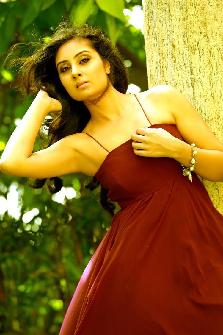 Bhanu Sri Mehra Stunning Face Look Still