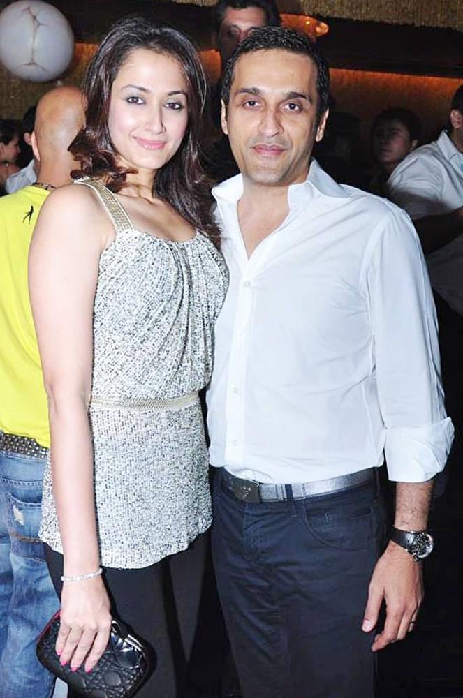 Vikas Oberoi With Wife Gayatri Oberoi At Ghost Club Launch