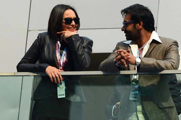 Ajay And Sonakshi At F1 Indian Grand Prix