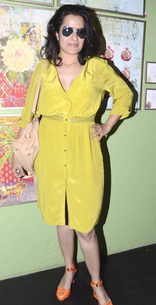 Sona Mohapatra Hot Look Still At A SoBo Venue