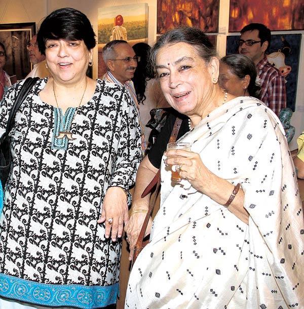 Kalpana And Lalitha Lajmi Arrive Together At An Art Show