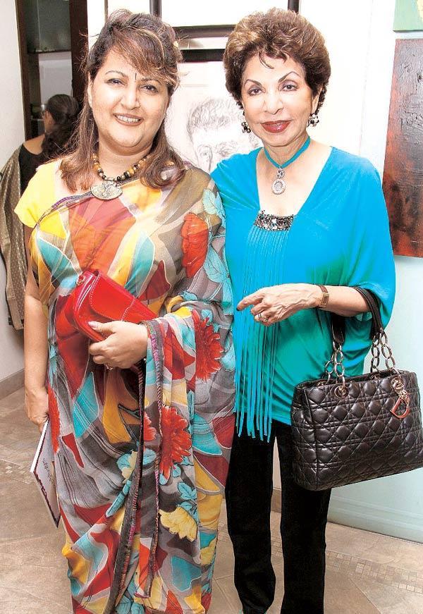 Raell Padamsee And Sabira Merchant Catch Up At An Art Show