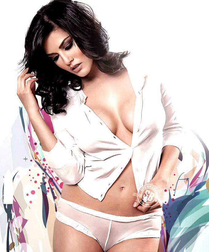Sunny Leone Sexy Boob Exposing Spicy Still