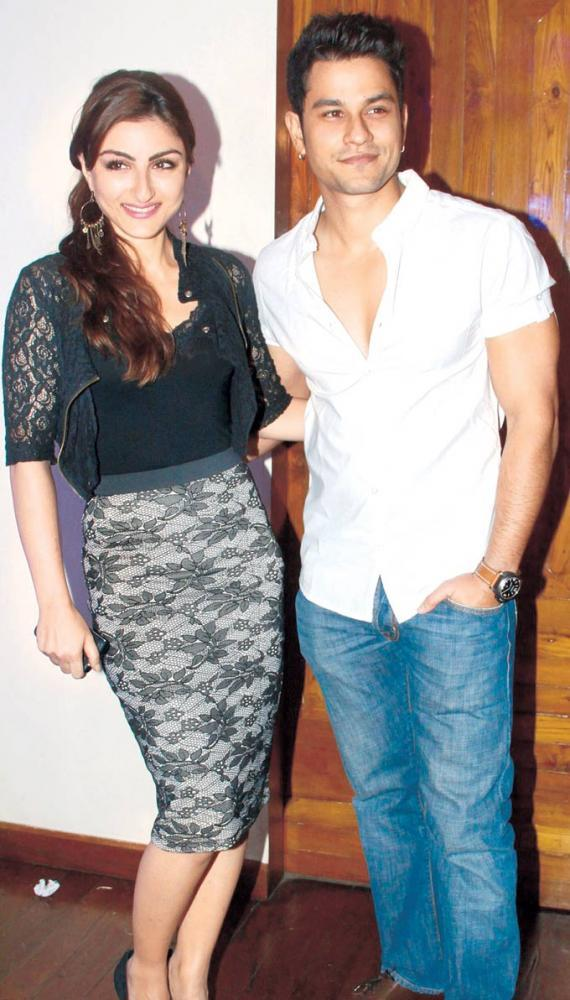 Soha And Kunal At The Launching Of Hungama Ho Gaya Album