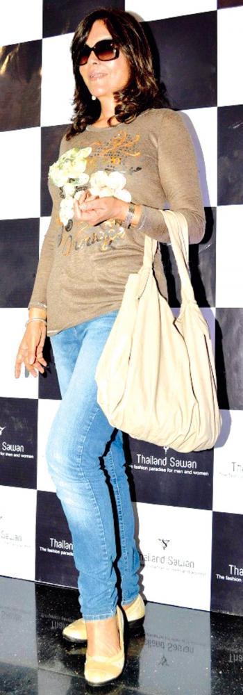 Veteran Actor Zeenat Seen At The Thailand Sawan Store Launch Event
