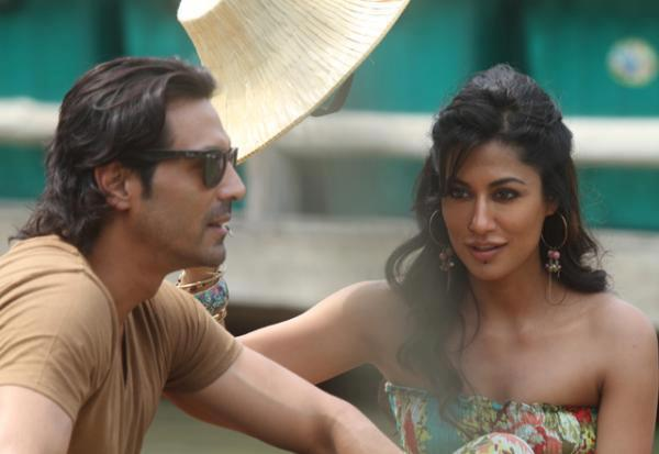 Chitrangda And Arjun Photo Still From The Sets Of Inkar