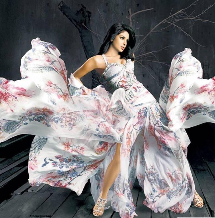 Priyanka Gergeous Photo Shoot In Falguni And Shane Peacock Design Dress