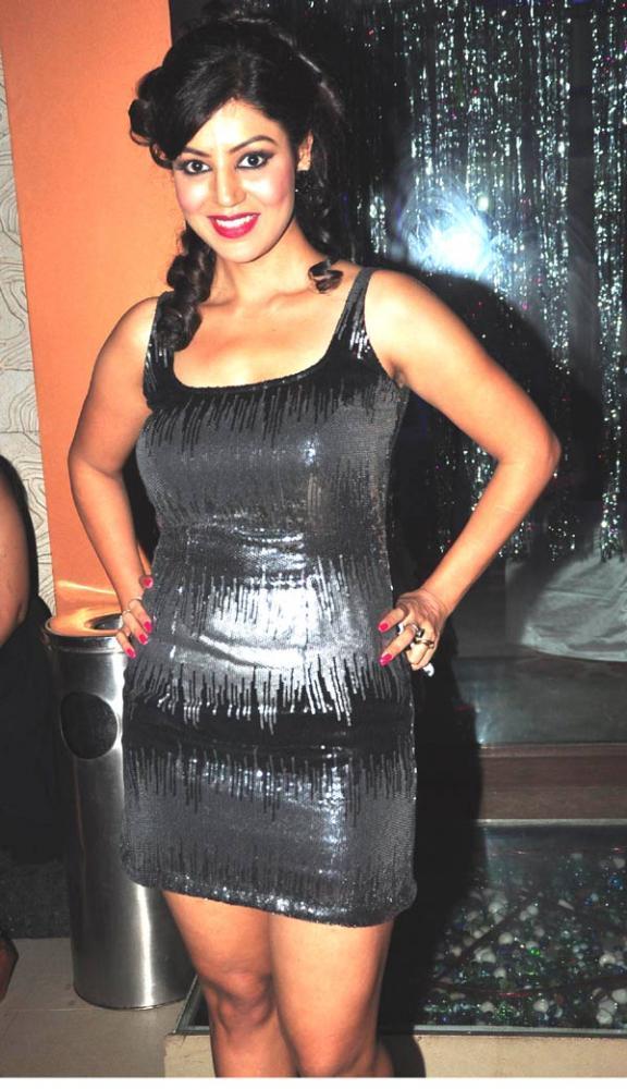 Debina Hot Look Posed At Her Husband's Jhalak Success Bash
