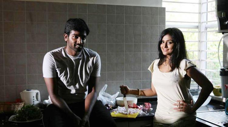 Vijay And Remya Nice Still From Pizza Movie