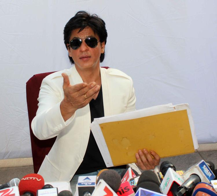 Shahrukh Khan Press Meet Still On His 47th Birthday