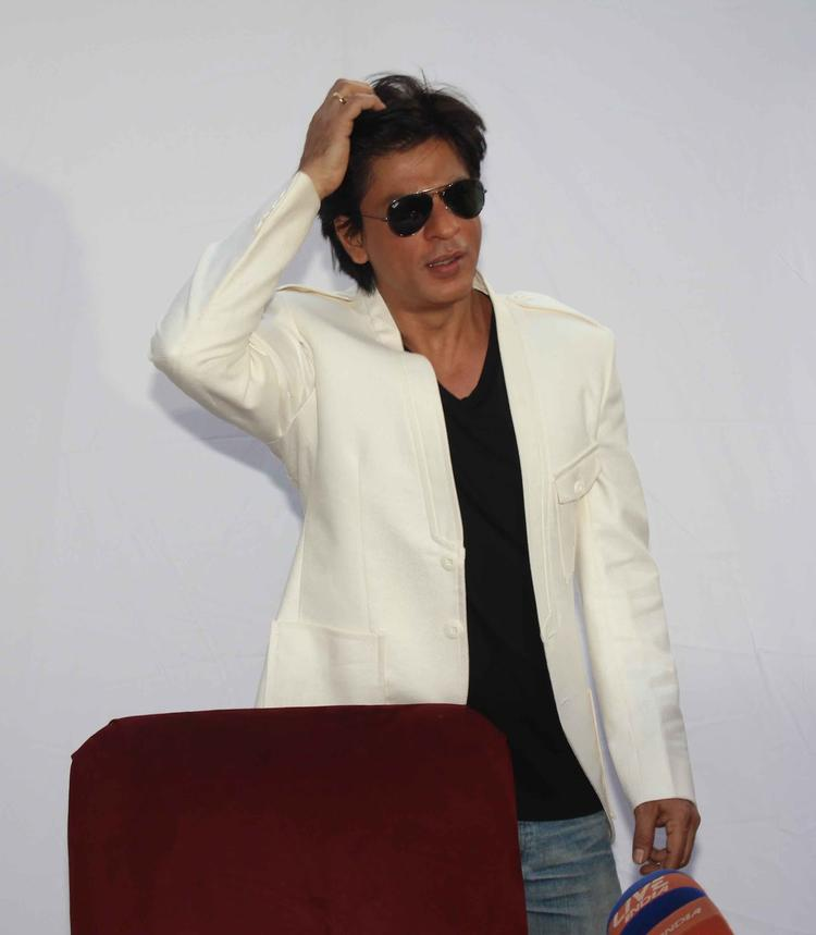 Shahrukh Khan Stylish Look Still On His 47th Birthday