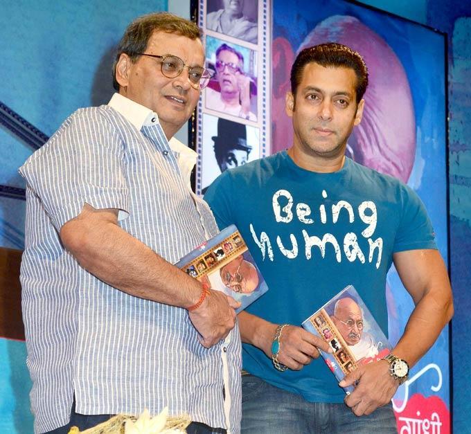 Salman With Subhash At Mahatma Gandhi Aur Cinema Book Launch
