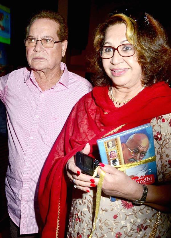 Salman's Dad Salim With Wife Helen Posed At Book Launch Of Mahatma Gandhi Aur Cinema
