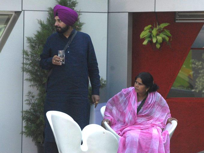 Navjot Singh Sidhu And Sampat In The Bigg Boss House