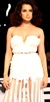 Gorgeous Kangana Ranaut Dazzled At The Finale Of Blenders Pride Fashion Week 2012