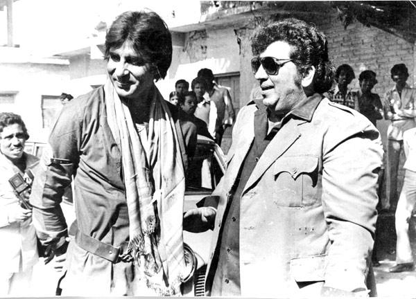 Late Amjad Khan And Amitabh Bachchan Rare Pic