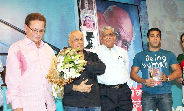 Salman,Salim And Mahesh On The Stage At The Launch Of Mahatma Gandhi And Cinema