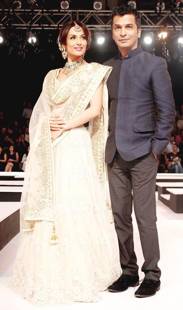 Malaika And Vikram Snapped On Ramp At BPFW