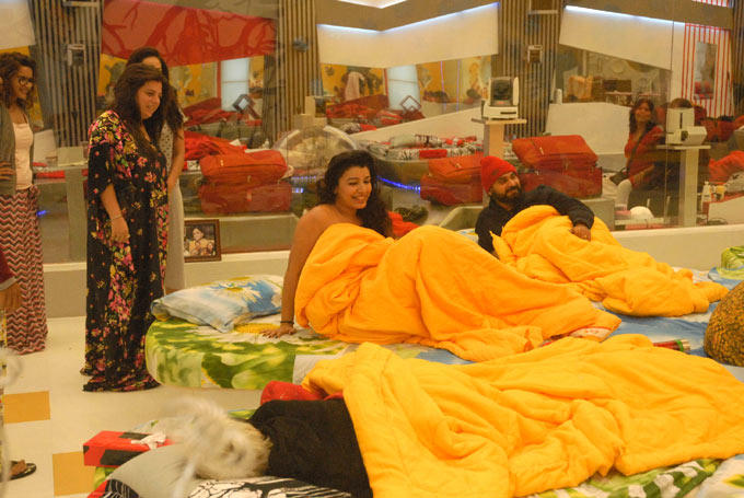 Mink,Sidhu,Delnaaz,Sapna And Sampat At Day 29 On Bigg Boss 6