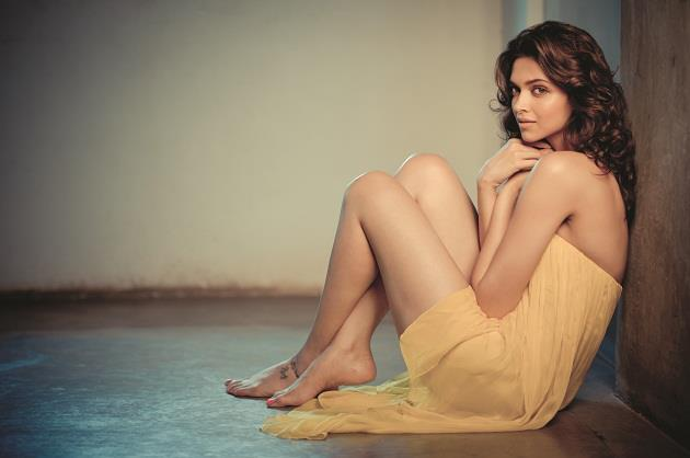 Deepika Spicy Pose Photo Shoot On 5th Anniversary Edition Of FHM India Magazine