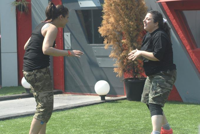 Delnaaz And Urvashi Exercised In The Bigg Boss Garden