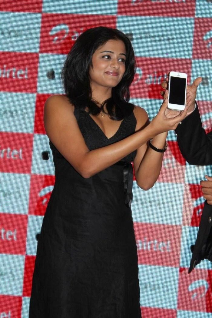Priyamani Exclusive Still At  Airtel Apple IPhone 5 Launch