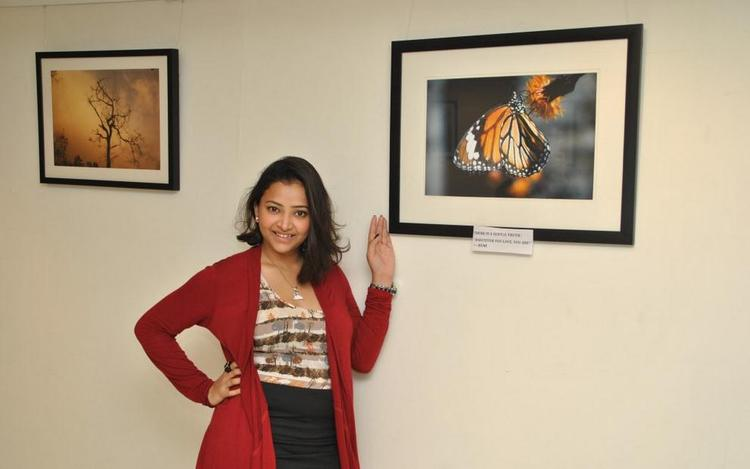 Swetha Basu Clicked At Rumi Photo Exhibition
