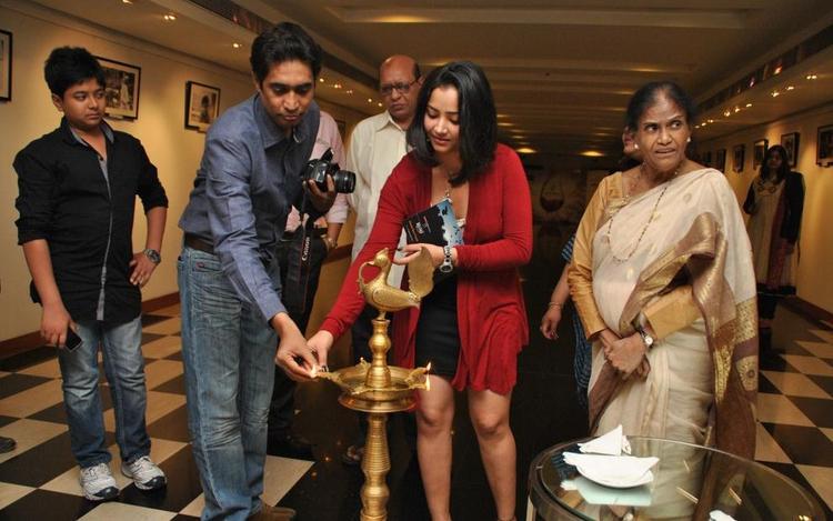 Swetha Inaugurated Rumi Photo Exhibition