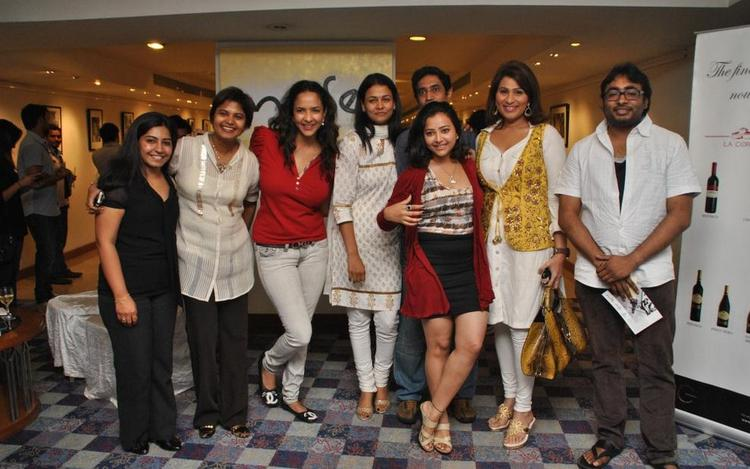 Swetha,Lakshmi And Others Clicked At Rumi Photo Exhibition