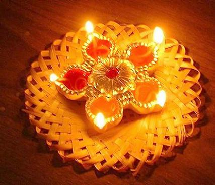 Beautiful Diya In Diwali Greetings Wallpaper