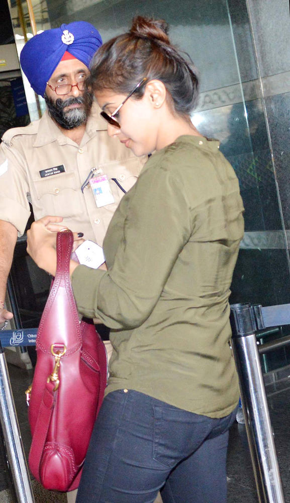 Asin Snapped At The Airport Leaving For Dubai To Promote Khiladi 420
