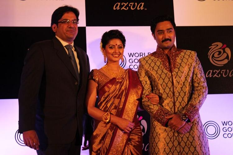 Sneha With Hubby Prasanna And Vipin At World Gold Council Jewellery Wedding Collection Launch