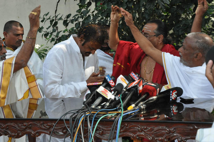 Mohan Babu Take Blessing At Tirupati Brahmins Press Meet