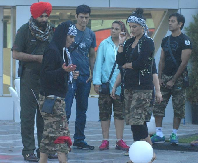 Sapna,Navjot,Rajeev,Urvashi And Niketan At Bigg Boss 6 On Day 31