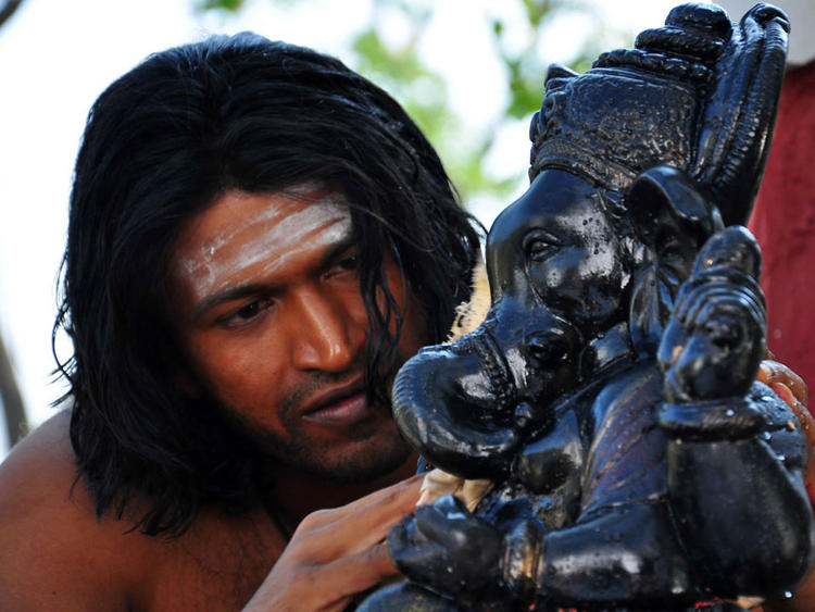 Puneeth Awesome Hair Style In Yaare Koogadali Kannada Movie
