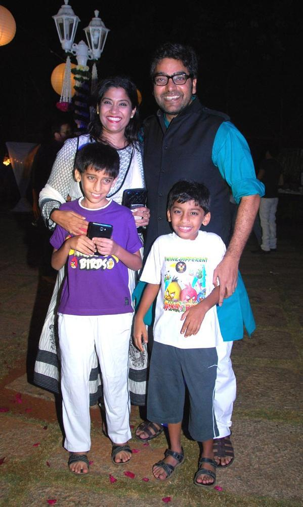 Ashutosh Wife Renuka With Their Children Posed During His Birthday Bash
