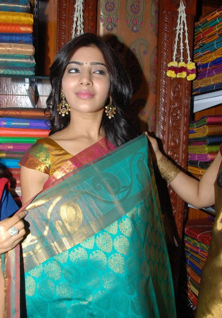 Samantha With A Silk Saree Posed For Camera In Chettinads Gallery At Hyderabad