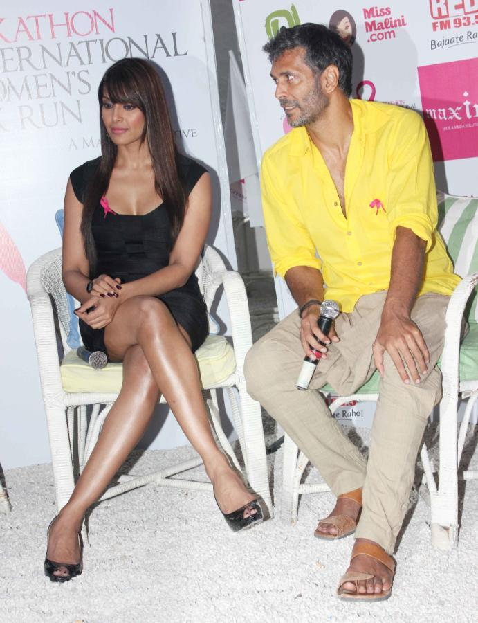 Bipasha And Milind Dashing Still At Pinkathon Event For Breast Cancer Awareness