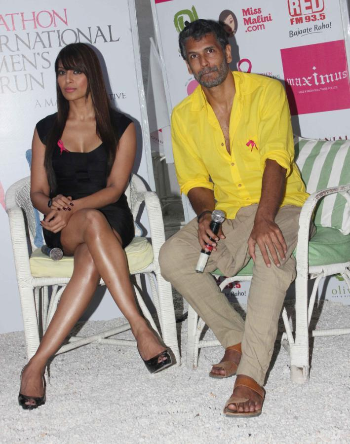 Bipasha And Milind Spotted At Pinkathon Event For Breast Cancer Awareness